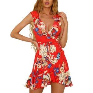 Dresses & Skirts - Gorgeous floral dress summer